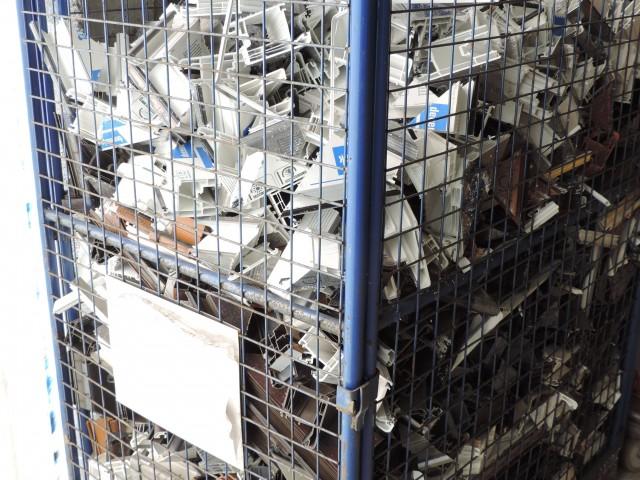 Les déchets sont récoltés pour être recyclés chez Deceuninck.
