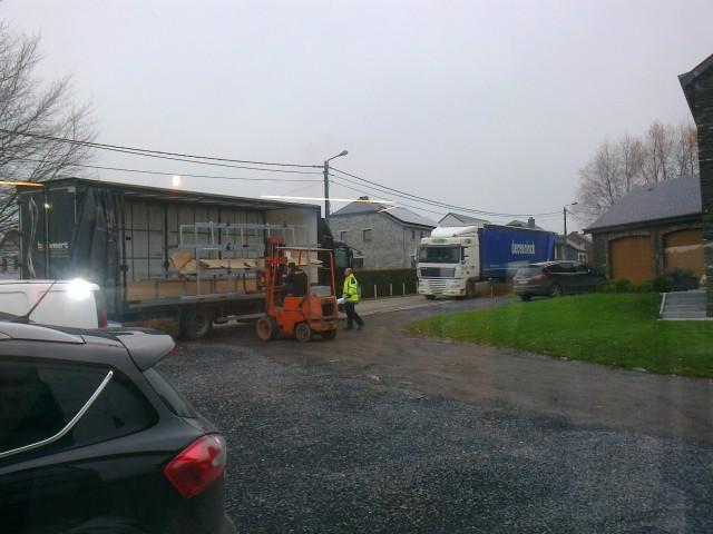 Les livraisons de profils de la flandre vers nos ateliers en province du Luxembourg